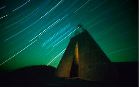 FIGURE 40: CHARLES ROSS, THE SOLAR PYRAMID, NEW MEXICO.  ONE HOUR TIME LAPSE OF STARS